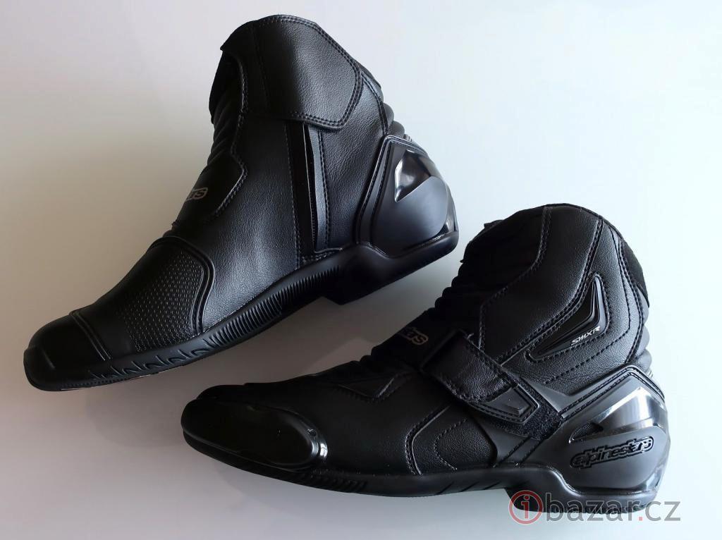 f45b2bd003 Nové silniční kotníkové boty Alpinestars SMX-1